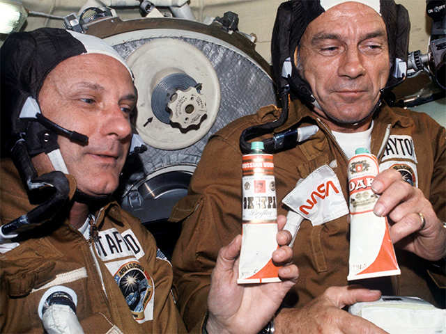 astronauts drinking alcohol in space - photo #9