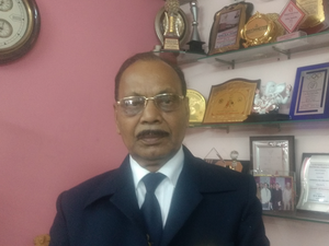The reason behind its popularity with sportspersons and teams is its 75-year-old chairman and founder RK Singh.