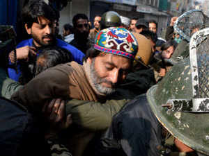 A posse of policemen raided Abi Guzar office of the Jammu Kashmir Liberation Front (JKLF) in the heart of Srinagar and arrested Malik to desist him from spearheading the poll boycott campaign, said a JKLF spokesman.