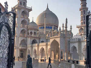 According to Census 2011, while Deoband subdistrict is dominated by Hindus, the Deoband Nagar Palika Parishad has a majority of Muslims.  Image: The Darul Uloom Islamic School
