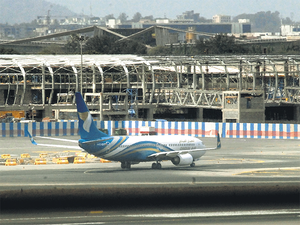The daily service will be operated by a Boeing 737-800.