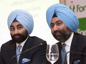The issue will be taken up next Monday, when the Singhs' arguments challenging an arbitration award granted to Daiichi by a Singapore tribunal are also expected to be heard.