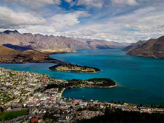 How to move to New Zealand and become a naturalised Kiwi - Make the