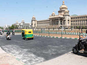In the Street Quality Score prepared by Janaagraha, outer zones scored low on footpaths, pedestrian crossings, street lighting and availability of parks or playgrounds.