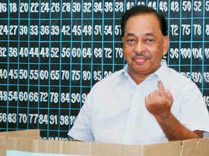 """To a question on whether he was unhappy in the Congress, Narayan Rane said, """"what is the use of remaining unhappy. Party doesn't take note and understand reason of unhappiness."""""""