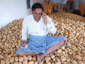 Prices are higher in Pakistan and the currency valuations makes neighbouring destination ideal for export of potato, Uppal, chairman of CII Amritsar chapter said.