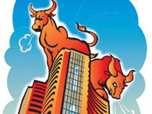 ET Wealth reached out to 25 fund managers and stock analysts to know what they feel and what investors should do now