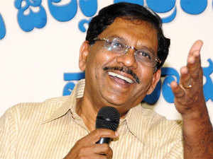 Parameshwara however did not wish to comment on  Krishna's allegations about seniors being sidelined in the  Congress loosing connect with the people.