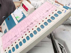The Indian electronic voting machine is a stand-alone battery powered robust white coloured device very similar in performance to a very basic calculator.