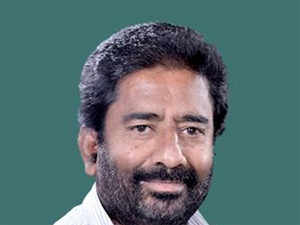 Shiv Sena MP Ravindra Gaikwad has been banned from flying by domestic airlines following his alleged assault on an Air India staffer.