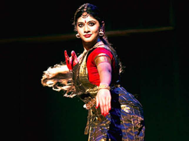 Classical dance performances involving mythology have more often than not revolved round central characters like Rama-Sita, Panda-vas Draupadi, Radha-Krishna or other mainstream stories.