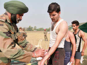 The large number of applications received assumes significance since the separatists have been asking the people of the Valley to oppose the army.