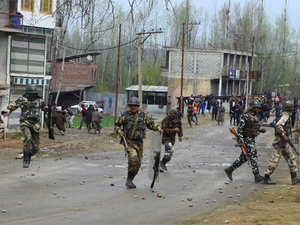 The main recruiters for the youths were Hizbul Mujahideen and Lashker-e-Taiba.