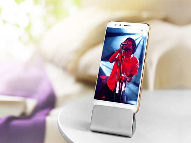 The phone has an all-metal unibody design with curved back which makes it comfortable to hold.
