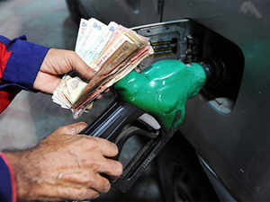 """""""@PetroleumMin neither endorses nor approves of move by a small section of dealers to keep their petrol pumps closed on Sundays,"""" the ministry said."""