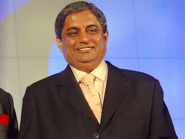 If you are confident, you do what you like and if you are working harder than the next person, then you will go up, says Aditya Puri.