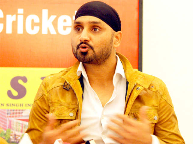 The tweets from Singh also come at a time when Jet Airways' local pilots body NAG has raised concerns about the behaviour of expat pilots at the airline.