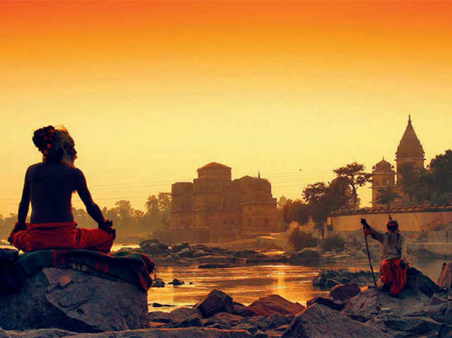 Orchha is a charming heritage town, teaming with temples, fort and cenotaphs.