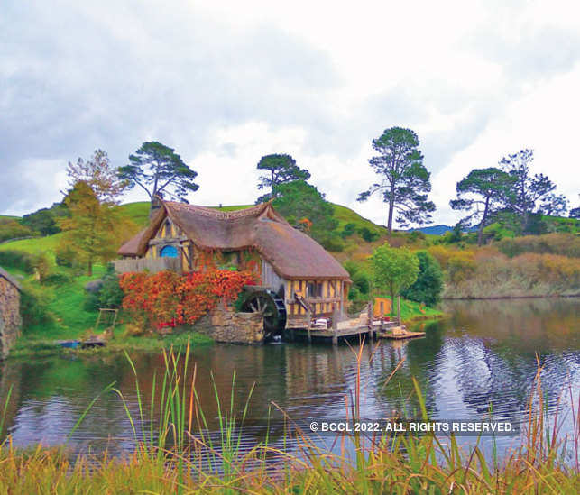 The set was actually located on a working farm belonging to the Alexander family.   [In pic:  The mill on the lake]