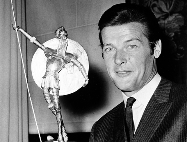 Roger Moore, circa 1955. Photo by MGM/Kobal/REX/Shutterstock.
