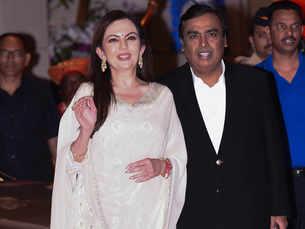 Ambanis throw a bash for Mumbai Indians: Bollywood, India Inc join cricketers