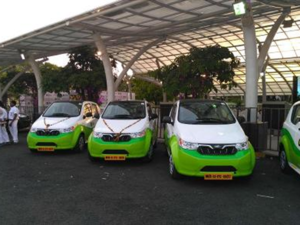 The pilot project will commence with a 200-strong fleet, including 100 of Mahindra's new e2o Plus vehicles.