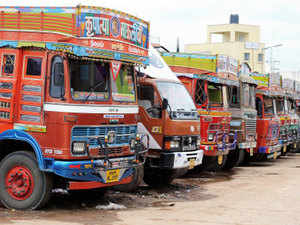 50 trucks, which were scheduled to cross today, had to return as Pakistan did not respond to the Indian communication.  (Representative image)