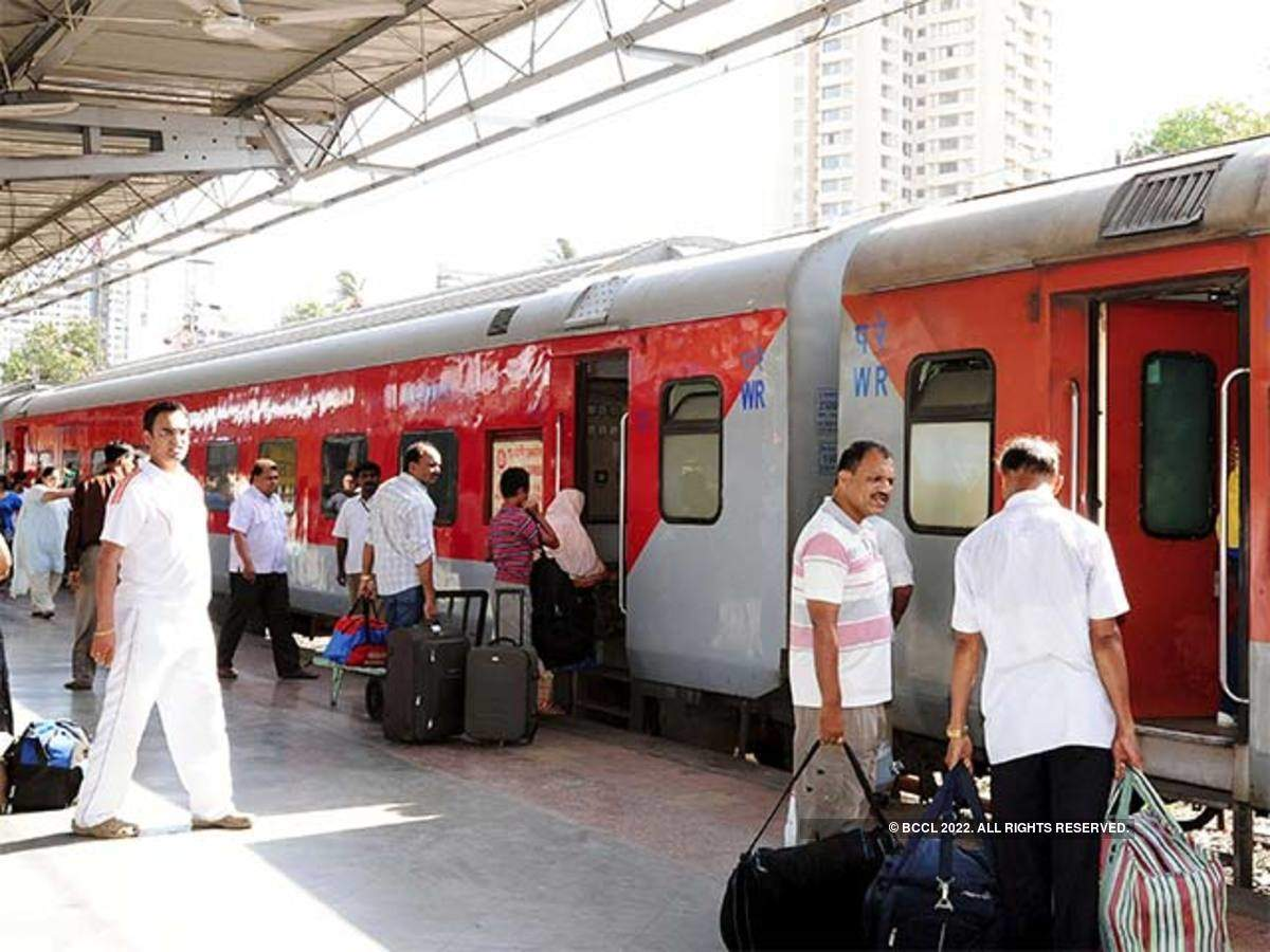 Indian Railways: Travelling in a train? Just tweet your
