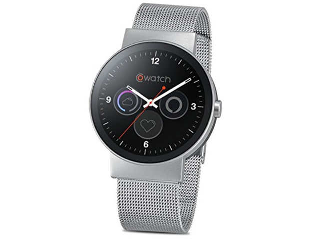 The smartwatch features a stainless steel case body, AMOLED full-circle display, 1GB RAM, 8GB flash memory and is dust and water resistant.