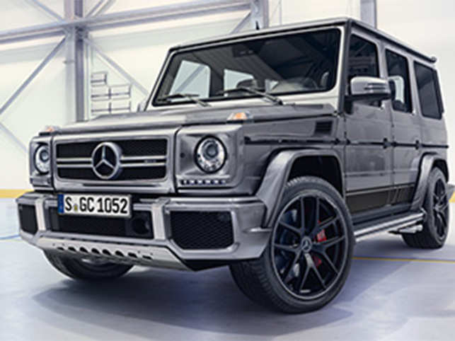 The new Mercedes-AMG G 63 is equipped with a supercharged 5.5-litre V8-petrol engine and accelerates from 0 to 100 km/h in 5.4 seconds.