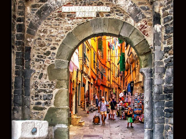 Want to teach abroad? Head to Portugal this summer and become a short-term volunteer