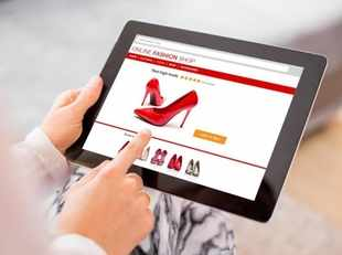The online segment's flattish sales growth rate helped offline players gain lost ground in the fashion category.