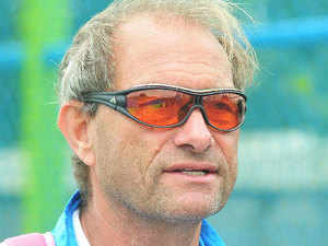 """""""I thought Pakistan were the better team in the first quarter and they created more opportunities but after we scored the first goal we started to play according to our plan,"""" said Oltmans after the match."""