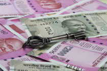 The RBI, meanwhile, fixed the reference rate for the dollar at 64.3788 and for the euro at 72.1043.on forex market.