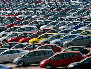 According to industry estimates, there are more than 300,000 vehicles waiting to be sold.