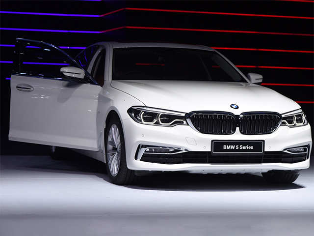 Bmw 5 Series Bmw Launches All New 5 Series In India Priced