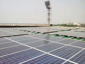 Of the total, 1,157 MW of capacity was run by rooftop owners and the remaining 239 MW were on space leased to developers.