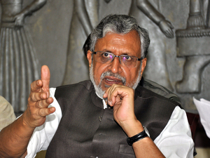 """We are not in favour of mid-term polls in Bihar. Such a situation should not arise in the state,"" senior Bihar BJP leader Sushil Kumar Modi told reporters here."