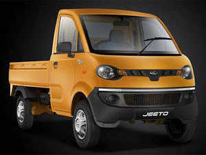 In the first quarter of FY18, the mini-truck segment rose by 9% to 29,680 units, while pickup sales expanded even faster at about 17% to 52,716 units.  Image: Mahindra Jeeto.