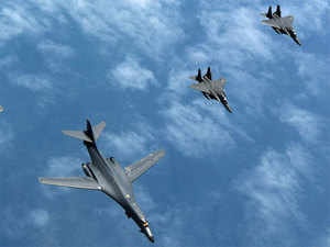 China's air force over the past week conducted multiple drills far out at sea, with H-6K bombers and many other types of aircraft flying through the Bashi Channel and Miyako Strait.  [Representative image]