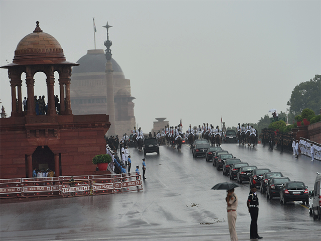 Francois Illas New Tradition: Ram Nath Kovind: Pomp And Tradition Come Together As New