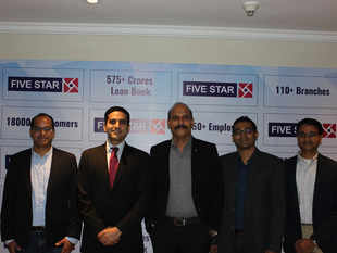 From Left to Right: Niren Shah, Managing Director of NVP India, Arjun Saigal - Co-Head Morgan Stanley Private Equity Asia in India, D Lakshmipathy, Chairman and Managing Director of Five Star Business Finance, Vikram Vaidyanathan - Managing Director at Matrix Partners, and GV Ravishankar - Managing Director of Sequoia Capital, India.