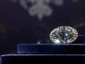 At current prices, a 30-cent diamond costs about Rs 27,000, translating into Rs 900 for each cent of its weight.