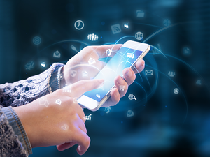 Telcos are ready to pay big bucks to social media analysts.