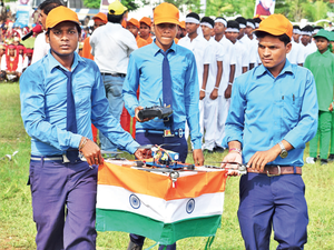 There was a group of six students from Palnar village of the district flying a drone wrapped with the Tricolour amid cheers from the spectators.