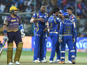 Chinese mobile firm Vivo has retained the IPL's title sponsorship for the next five years.