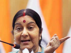"""EAM @SushmaSwaraj welcomes Mr. Sheikh Mohamed bin Abdulrahman Al-Thani, Foreign Minister of Qatar on his visit to India."""