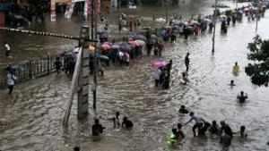 Mumbai: Downpour brings city to its knees, more rains predicted