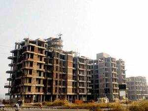 Jaypee Infratech has so far delivered around 6,500 flats out of the proposed 32,000 flats, excluding some plot properties, in its Wish Town project on Yamuna Expressway.