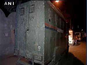 Terrorists attack police convoy in Jammu & Kashmir